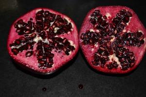 pomegranate-371473_1920